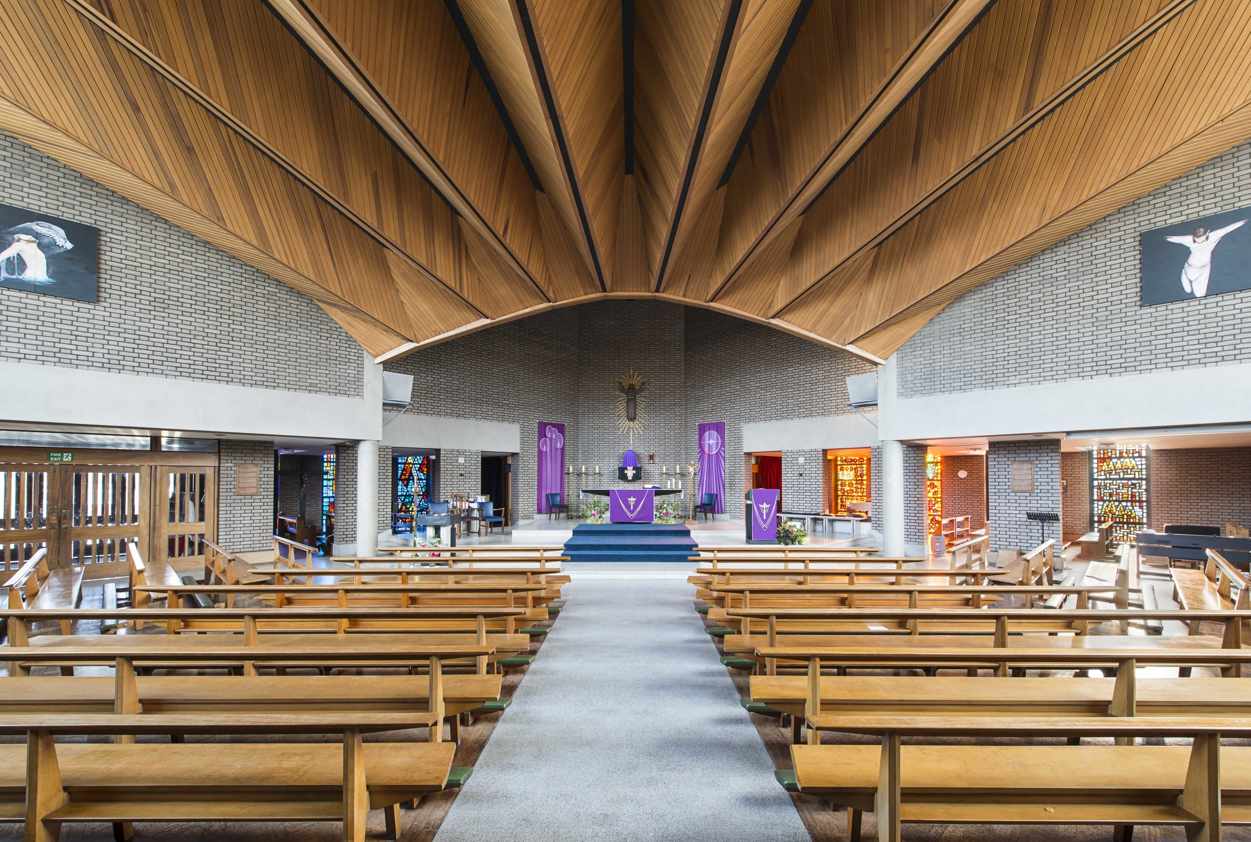 Church of the English Martyrs, Rochester / E Dodds and K C White