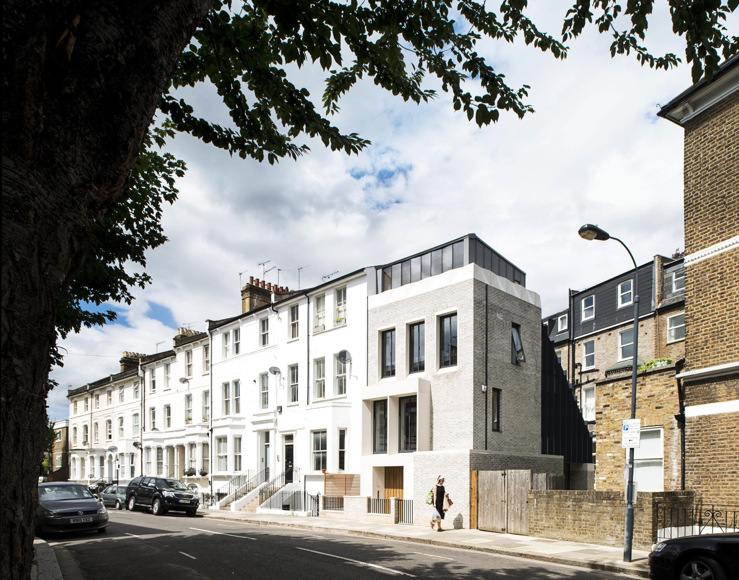 The Tailored House / Liddicoat & Goldhill
