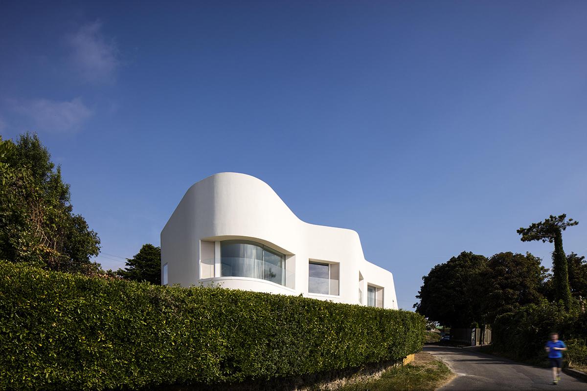 Ness Point House / Tonkin Liu