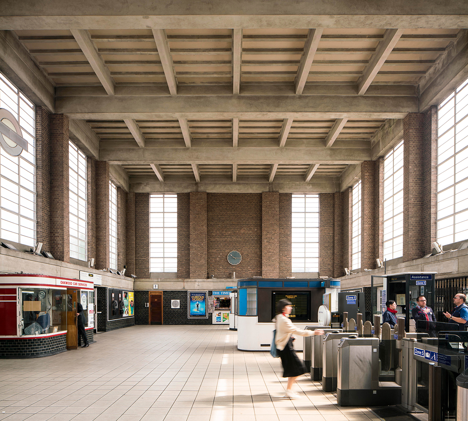OAKWOOD / PICCADILLY LINE / ARCHITECT: CHARLES HOLDEN