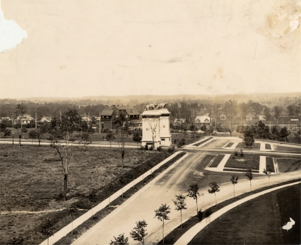 Lion Gates and plaza, looking north, about 1911