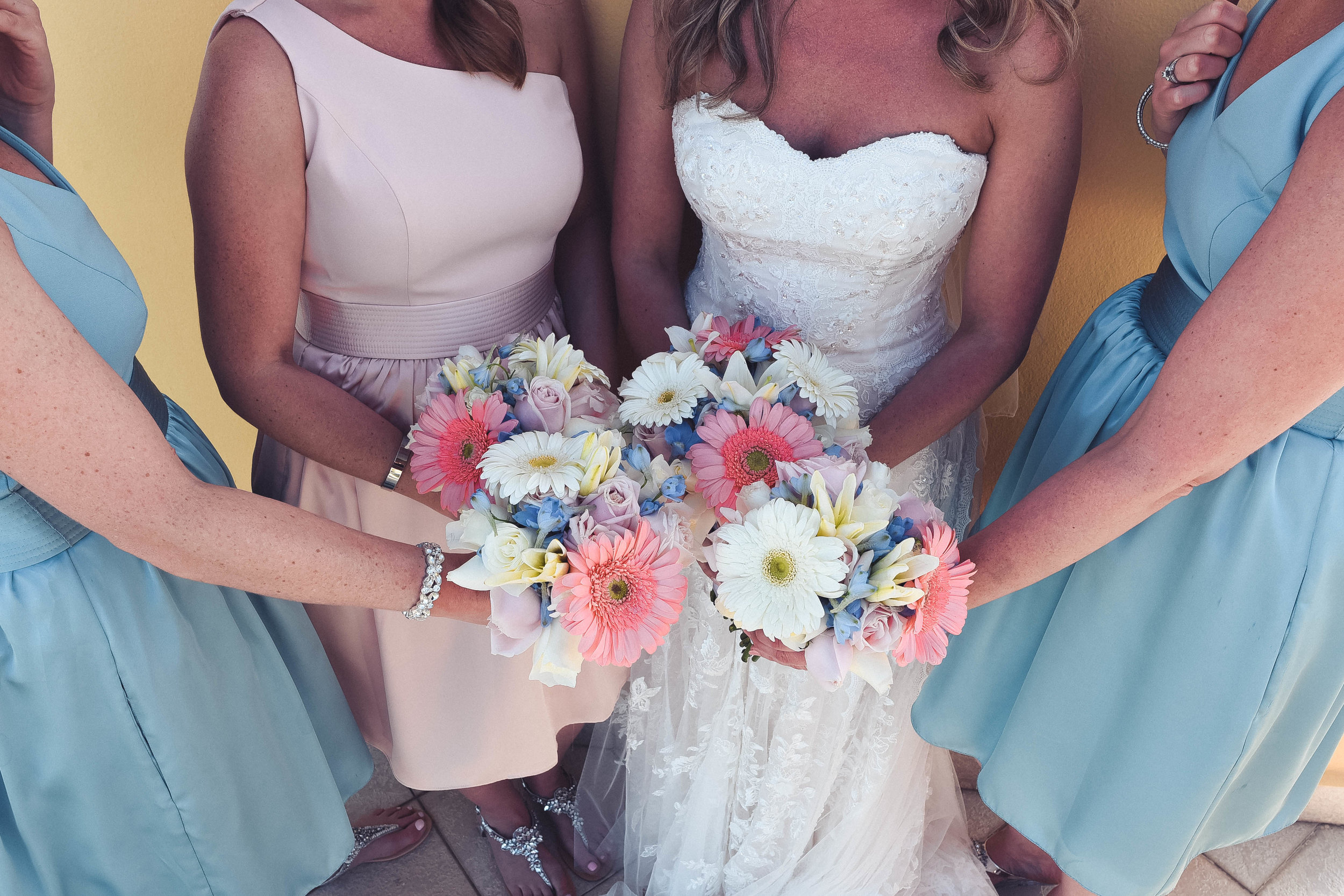 1. Bridesmaids-44.jpg