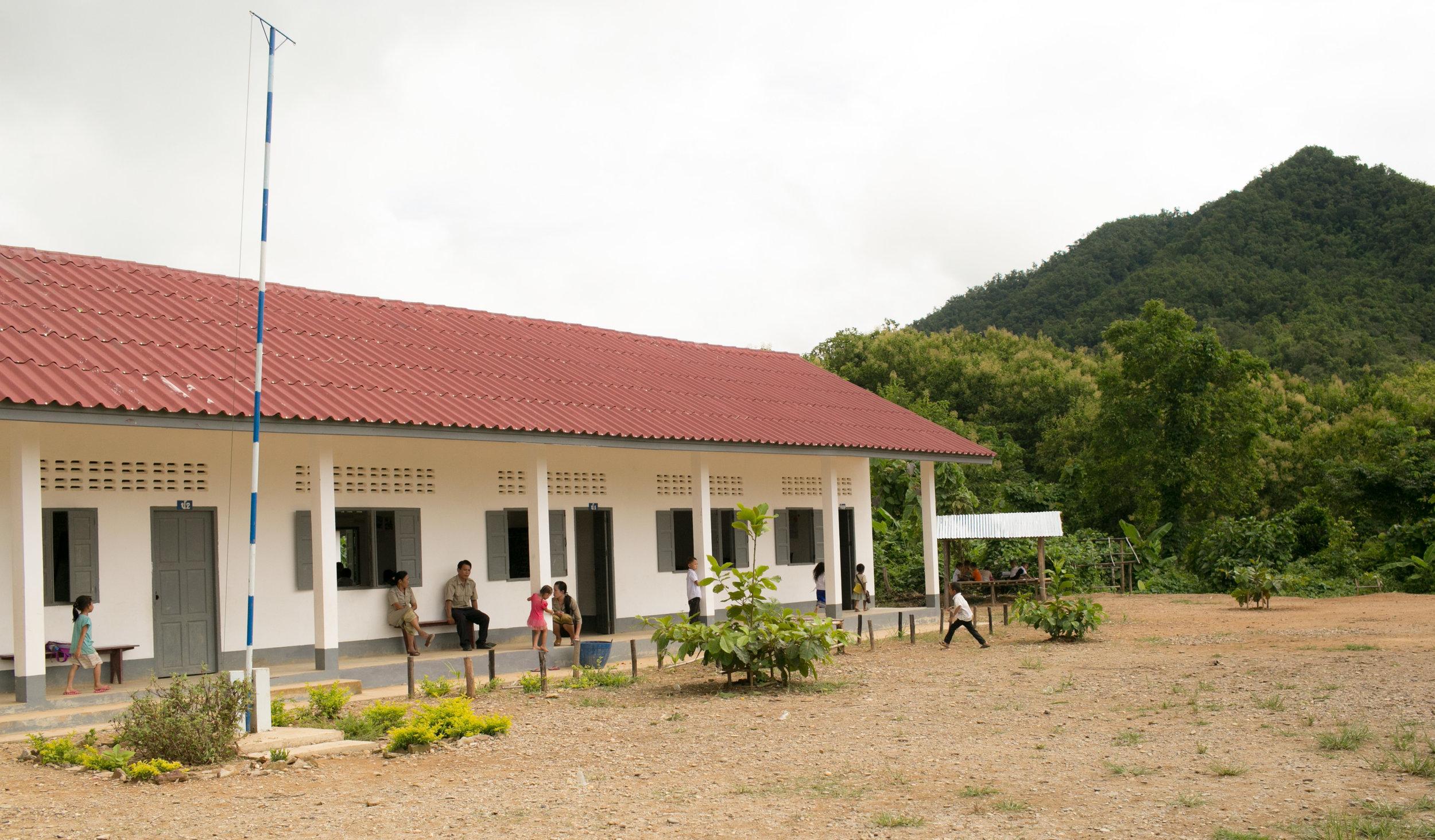 Laos School 1.jpg