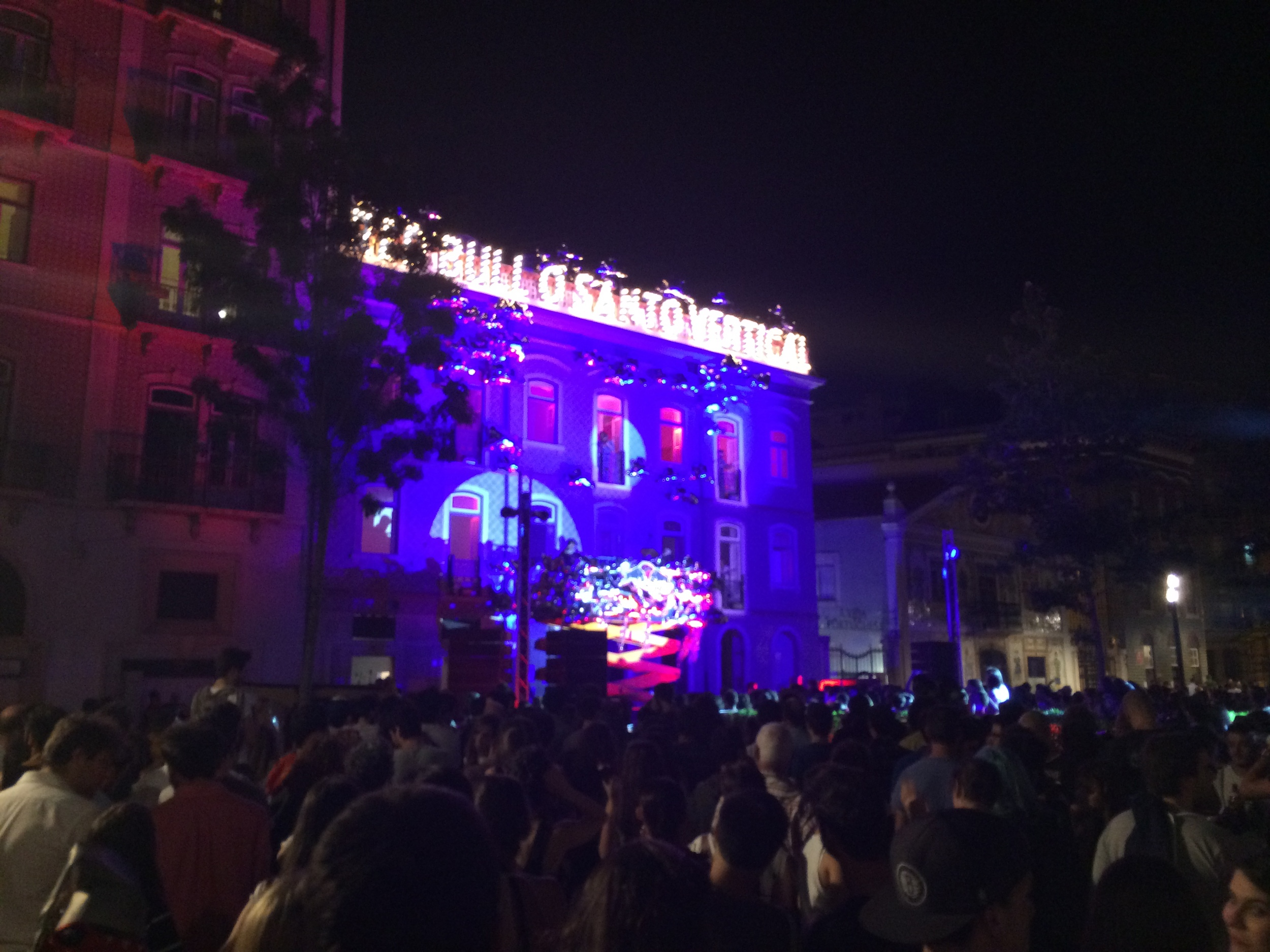 This was the concert right outside my hostel. Super convenient.