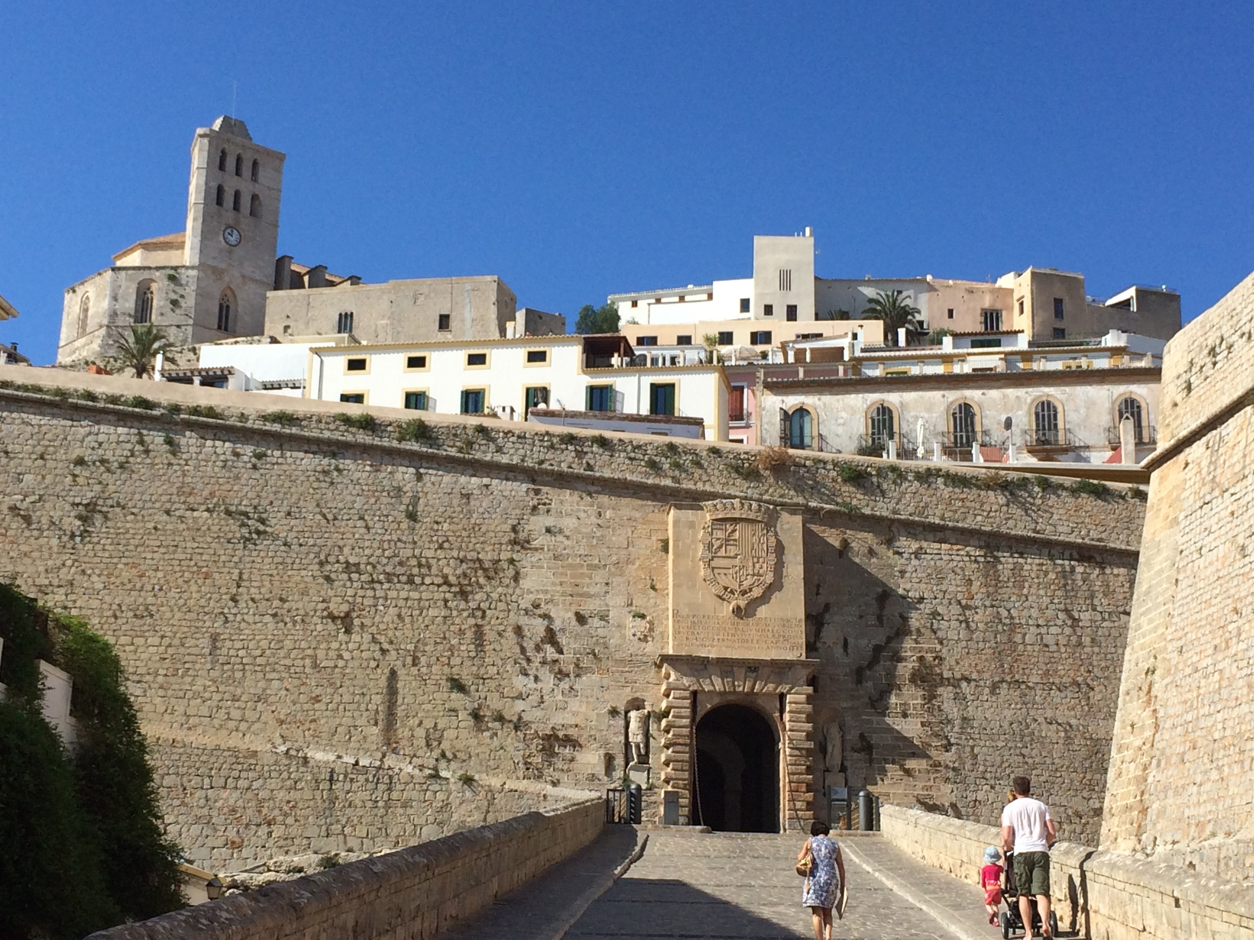 The main entrance of Dalt Vila.