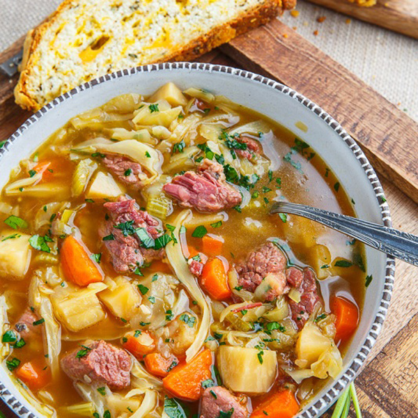CORNED+BEEF+AND+CABBAGE+SOUP.jpg