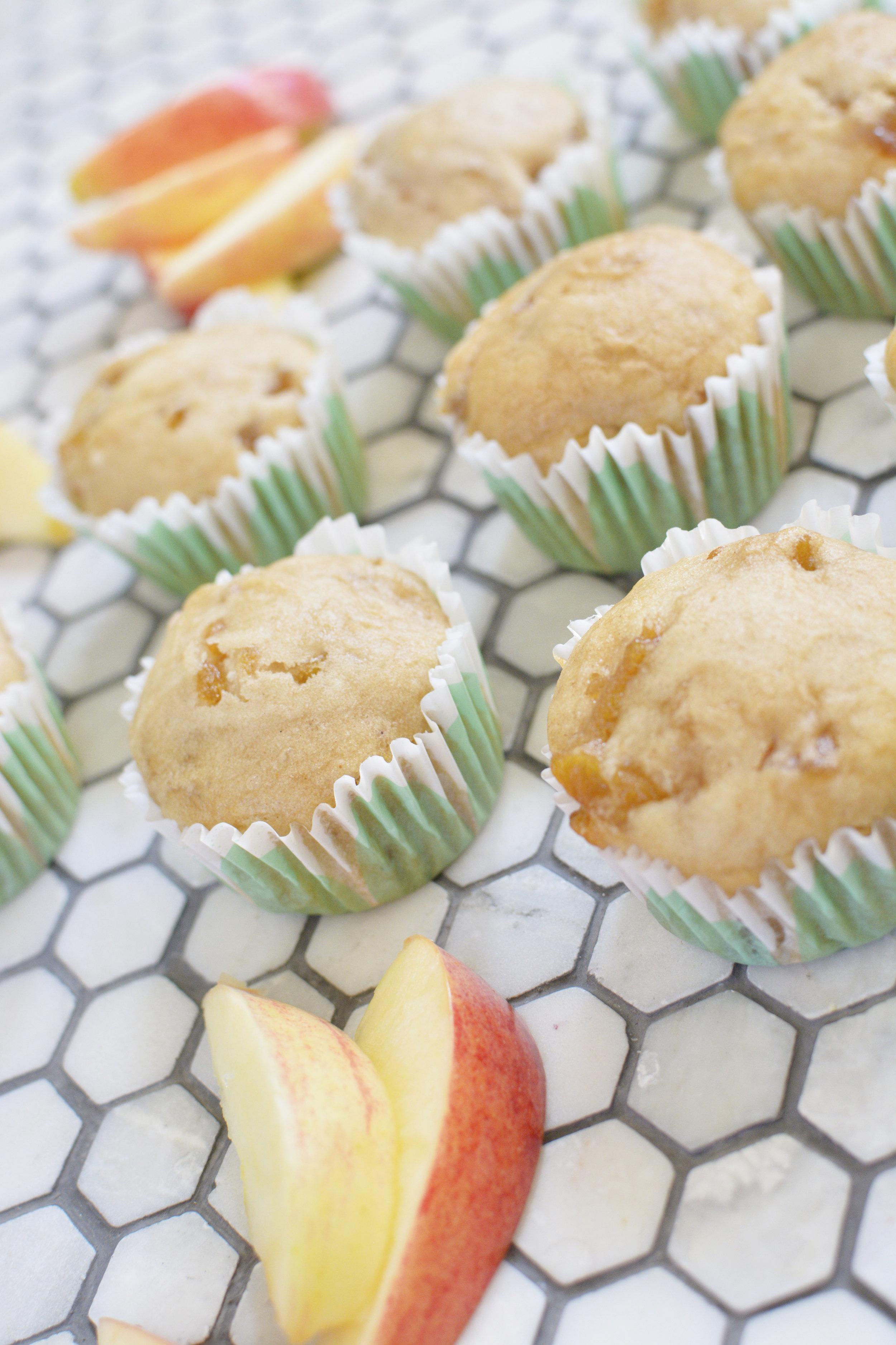 apple cinnamon cupcakes 12.jpg