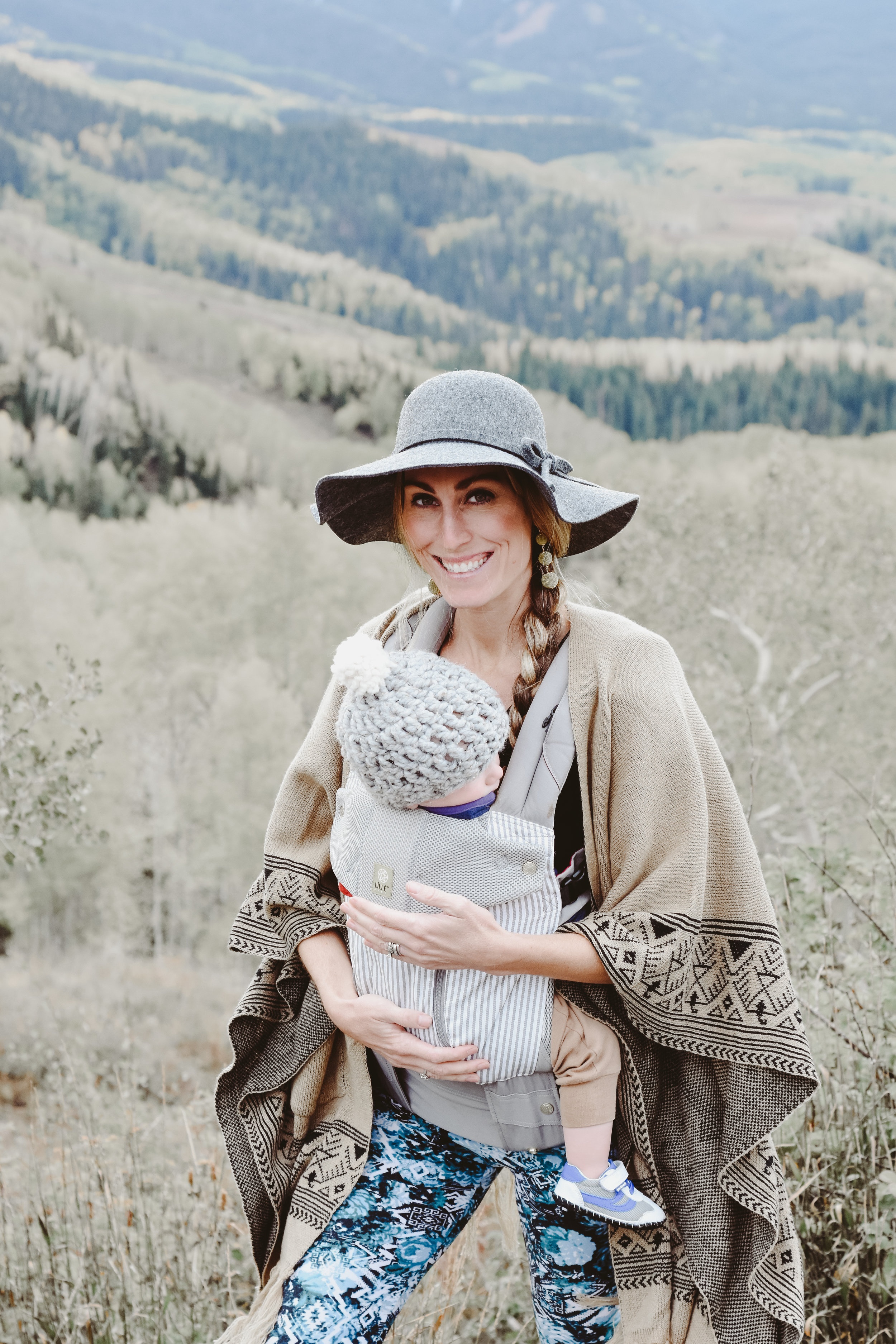 5 tips for baby wearing with Lillie Baby
