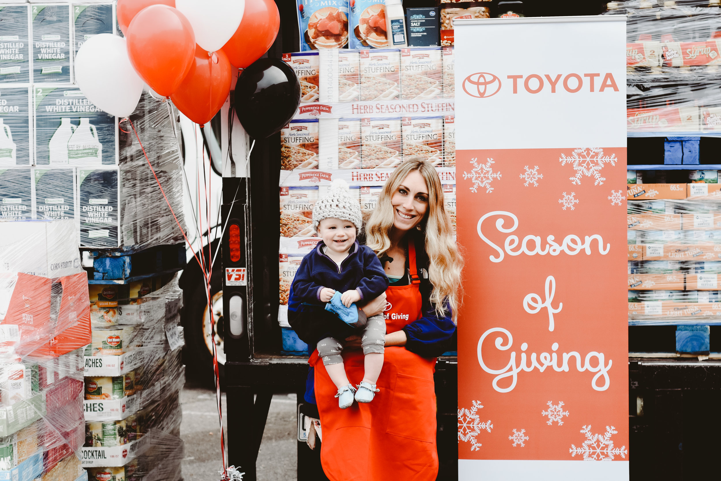 Season of Giving at the Denver Rescue Mission with Toyota