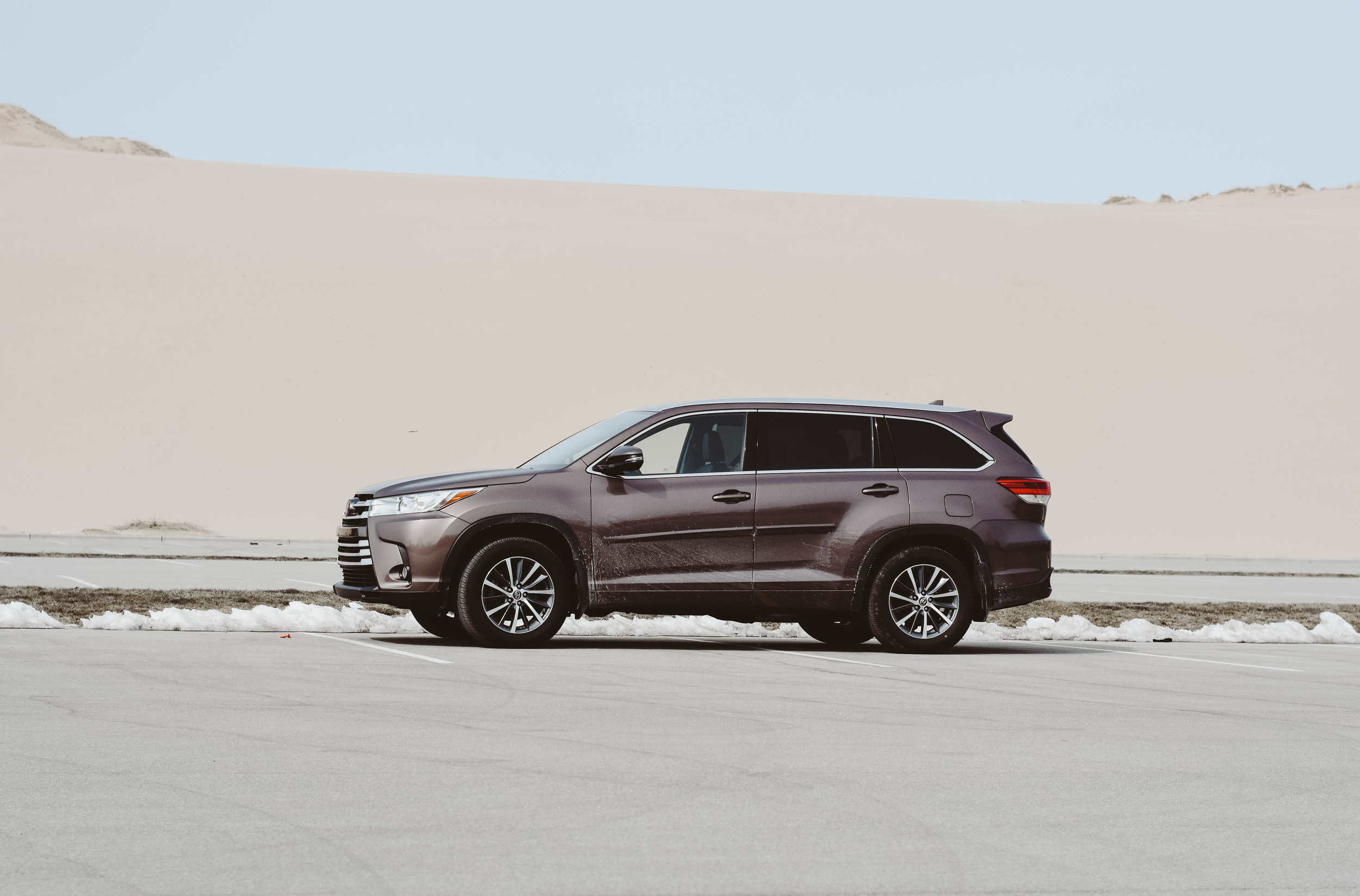 Toyotal Highlander LL &Co.-2.jpg