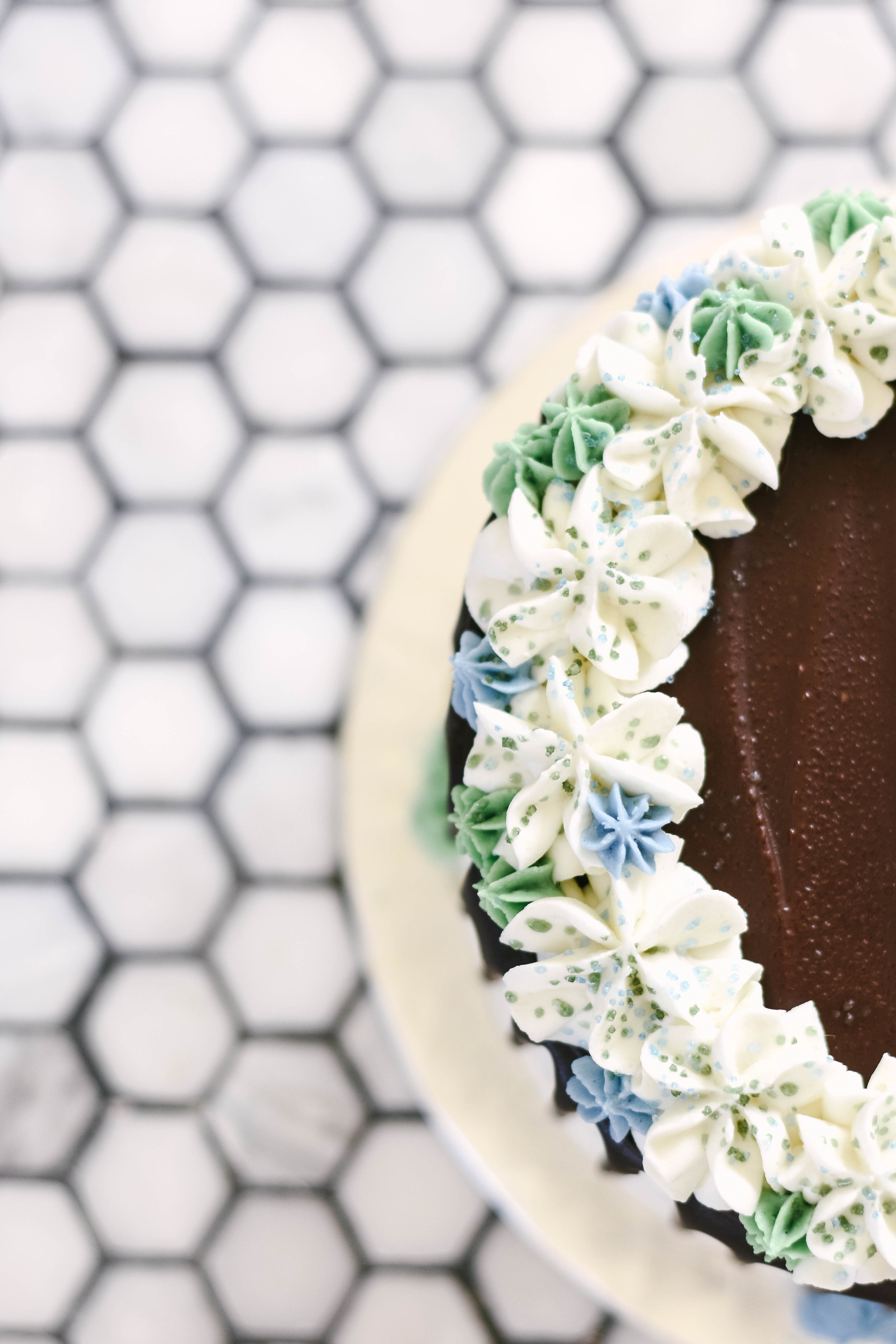 Sit by me 2 cake-2.jpg