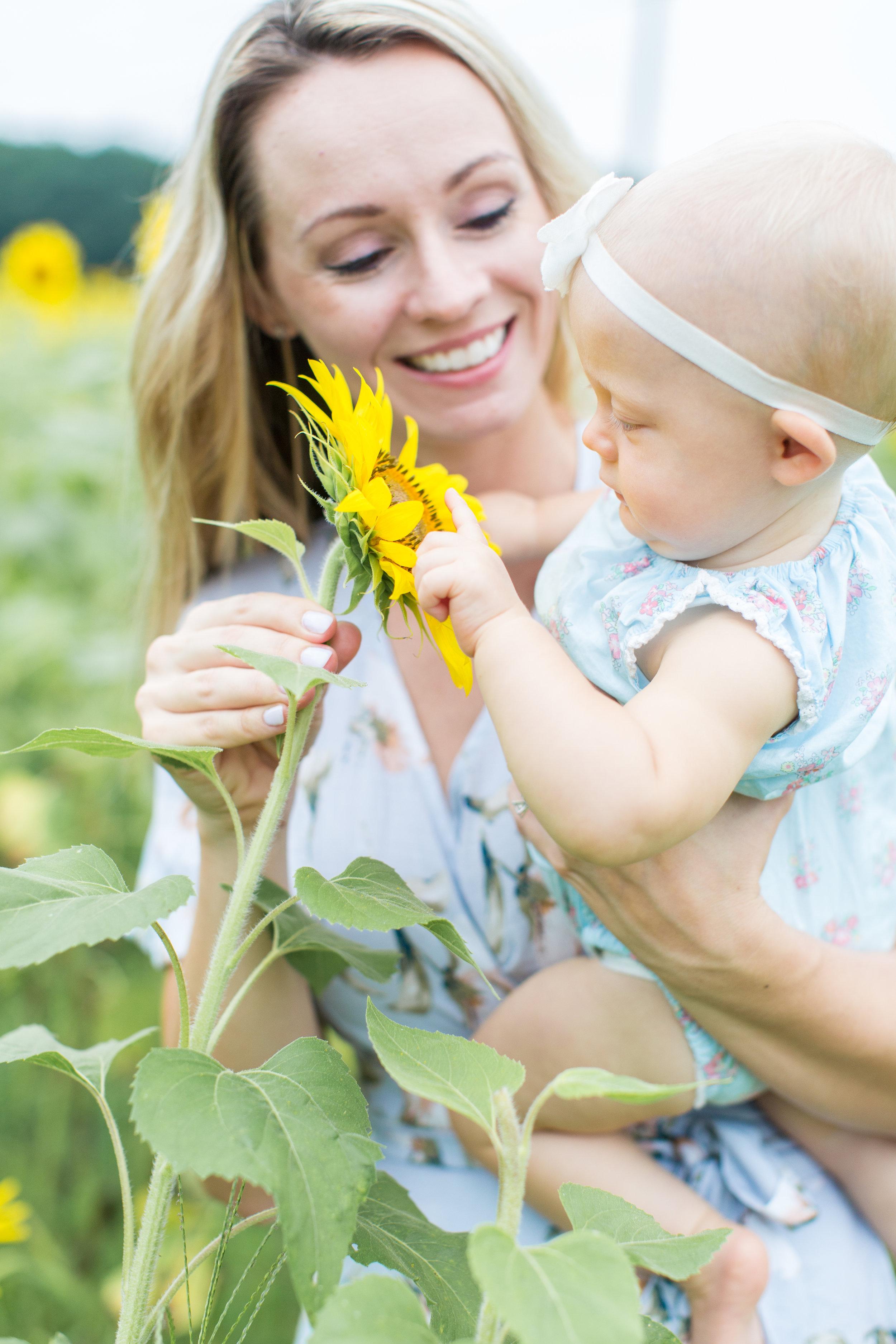 Savannah Eve Photography- Andersons Sunflowers-1.jpg
