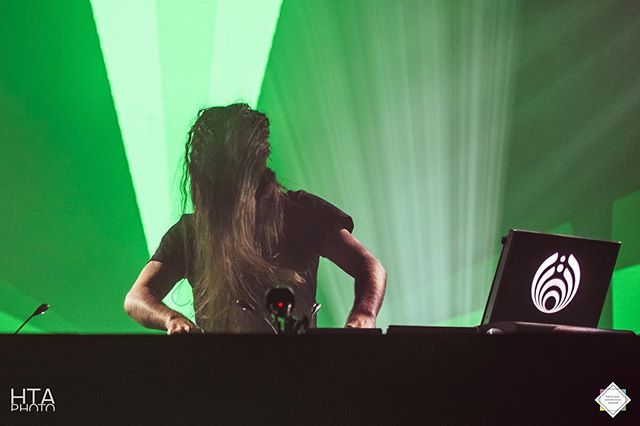 The Wizard of Oz bringing down the Emerald City. @bassnectar on the decks at @getfreakydeaky. Check out the write up at @festivalsquad