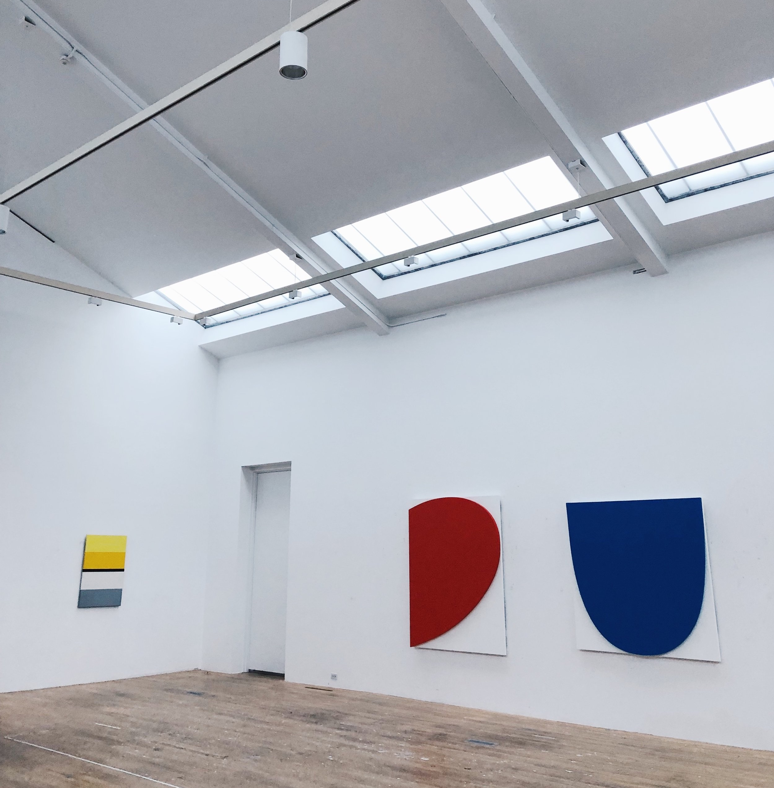 Ellsworth Kelly's  Curves on White  paintings in the studio