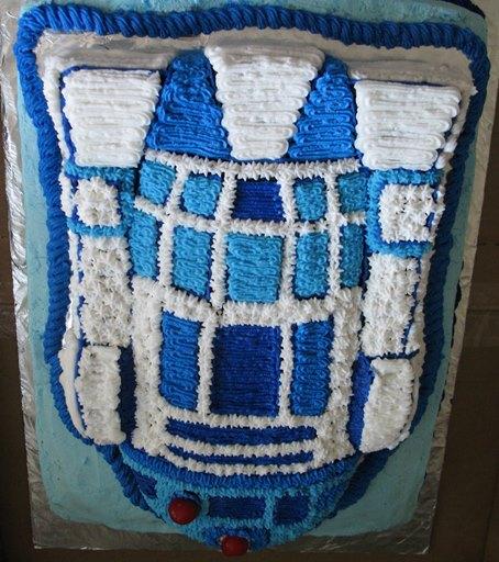 Upside-down R2 isn't winning any bake-offs.