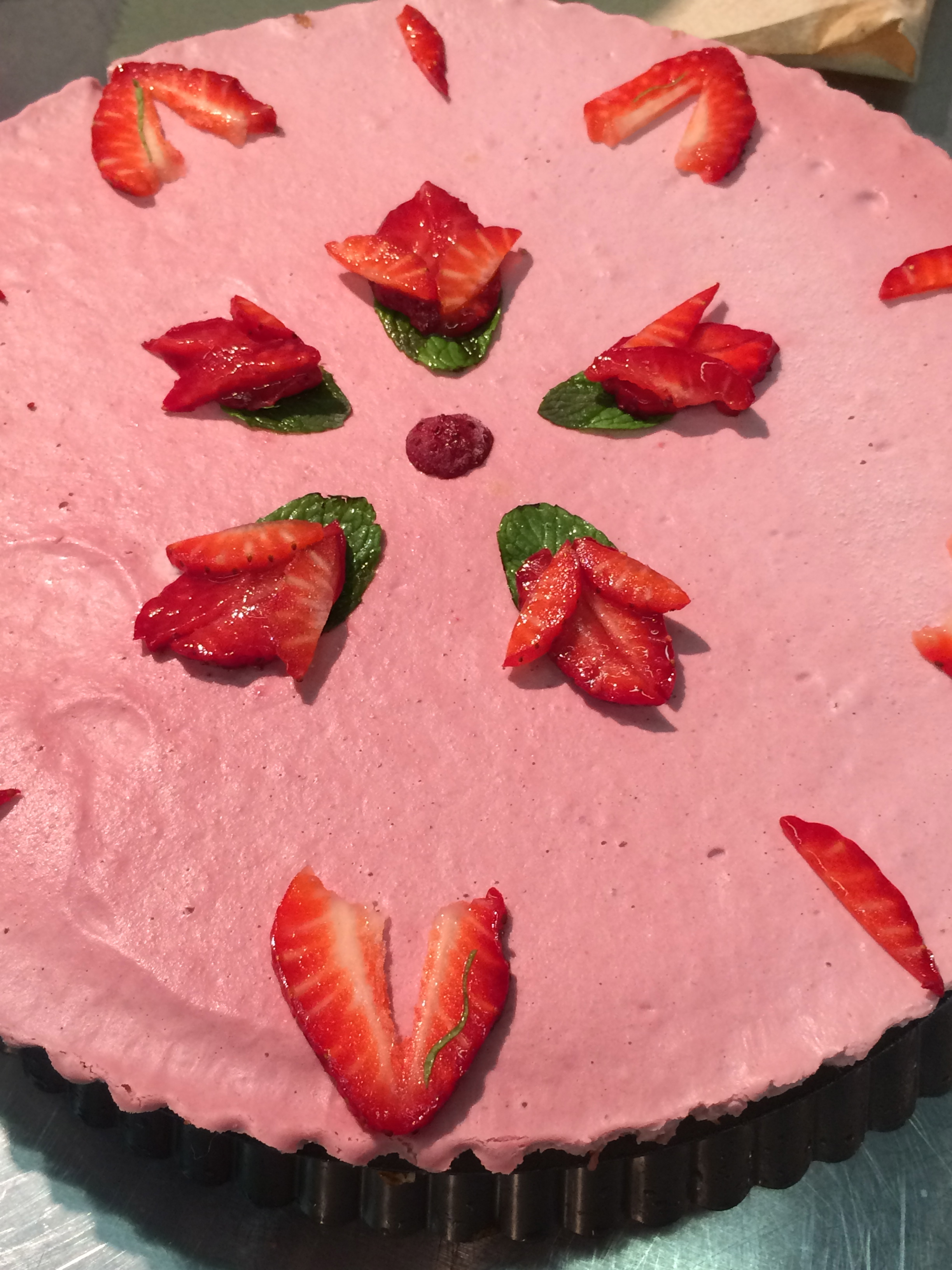 strawberry mousse tart