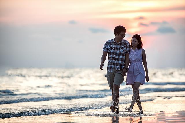 couple-1822585_640.jpg