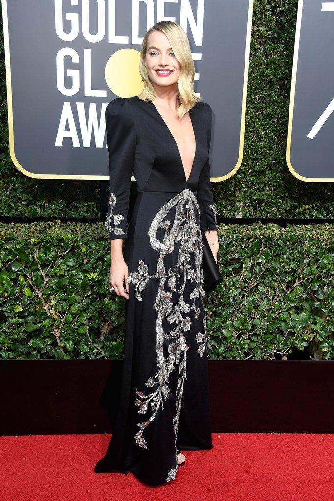 Margot-Robbie-Wearing-Gucci-Dress-2018-Golden-Globes.jpg