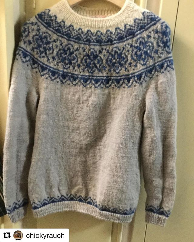 Look at this lovely #seachangesweater knit by @chickyrauch in #uptonyarns #bfl! I can't make it to rhinebeck this year, but I will be there in spirit thanks to @chickyrauch and her beautiful #rhinebecksweater 💙🐑💙 💙 (@get_repost) ・・・ BlueFaced Liscester Yarn , Ready for autumn and winter