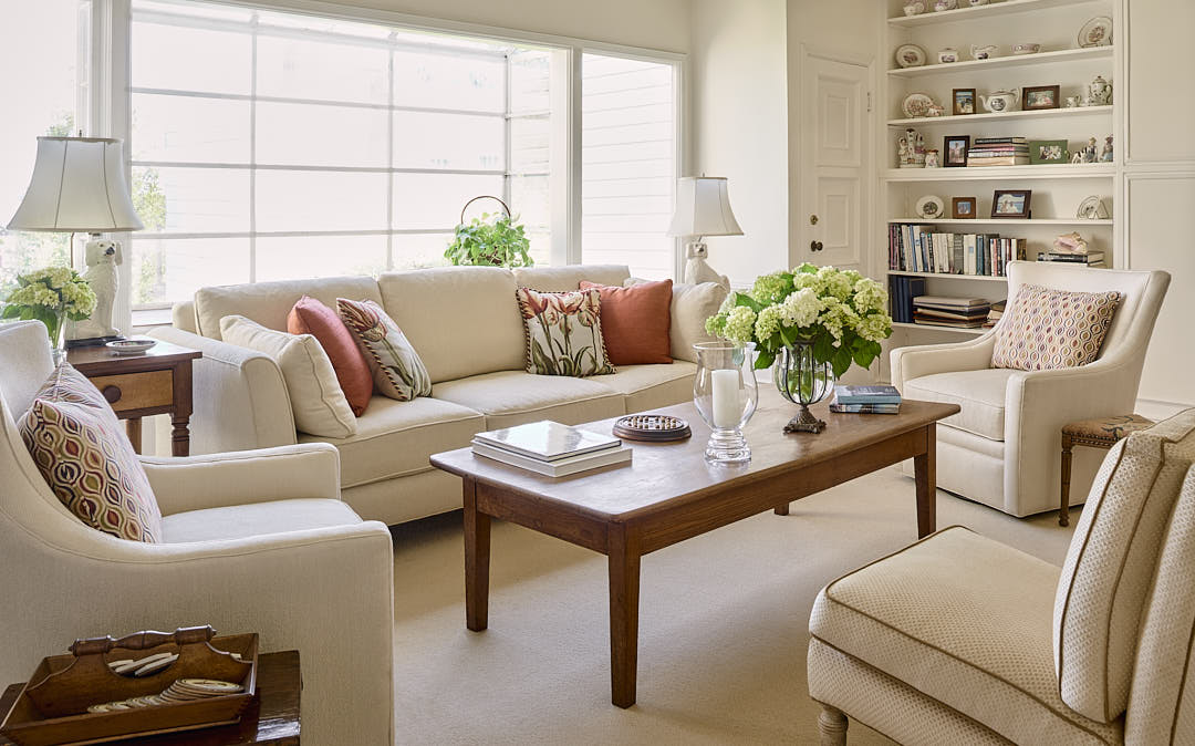 Elegant living room in the Russian Hill neighborhood of San Francisco, CA illustrating expected results of hourly rate photography.  Photographed by Dean Birinyi, interior photographer in San Francisco, CA.