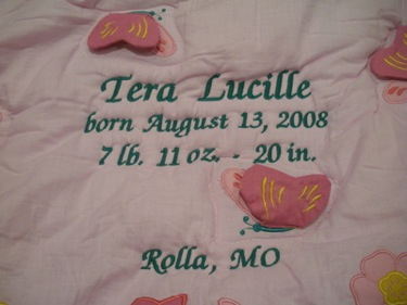PERSONALIZED FLUTTERBIES BABY CRIB QUILT
