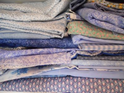 SAMPLNG OF PART OF MY FABRIC STASH