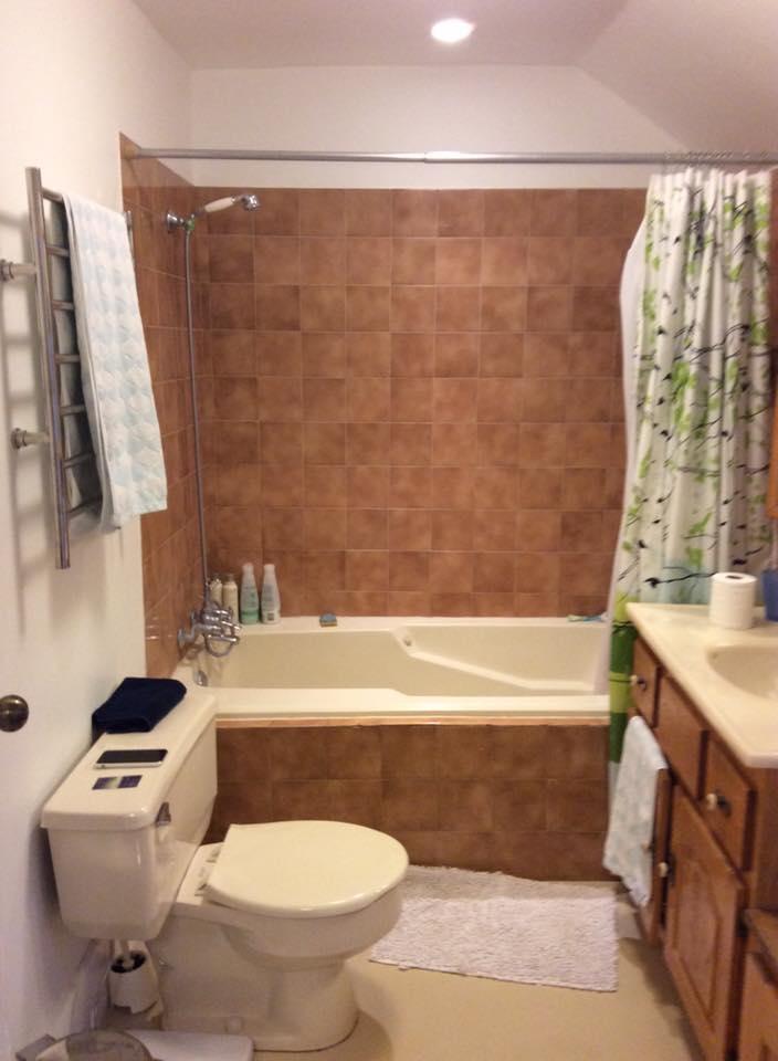 Mill Creek bathroom renovation before