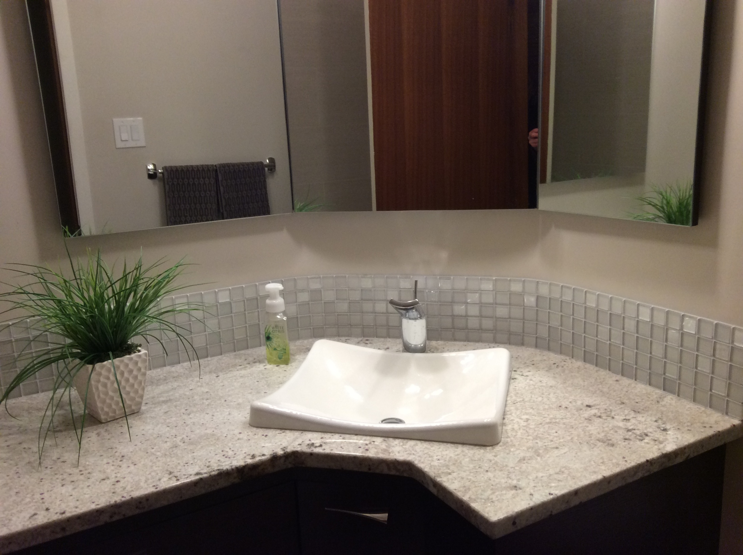 Custom cabinets, quarter sawn oak, granite countertops, Demilav Wading Pool sink.