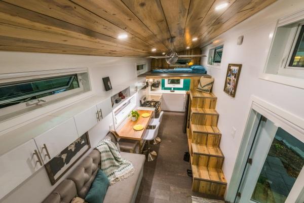 Interior (12) SMALL.jpg