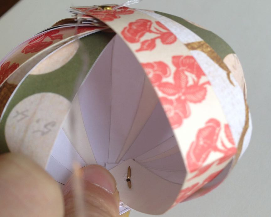 How to make a DIY paper globe ornament
