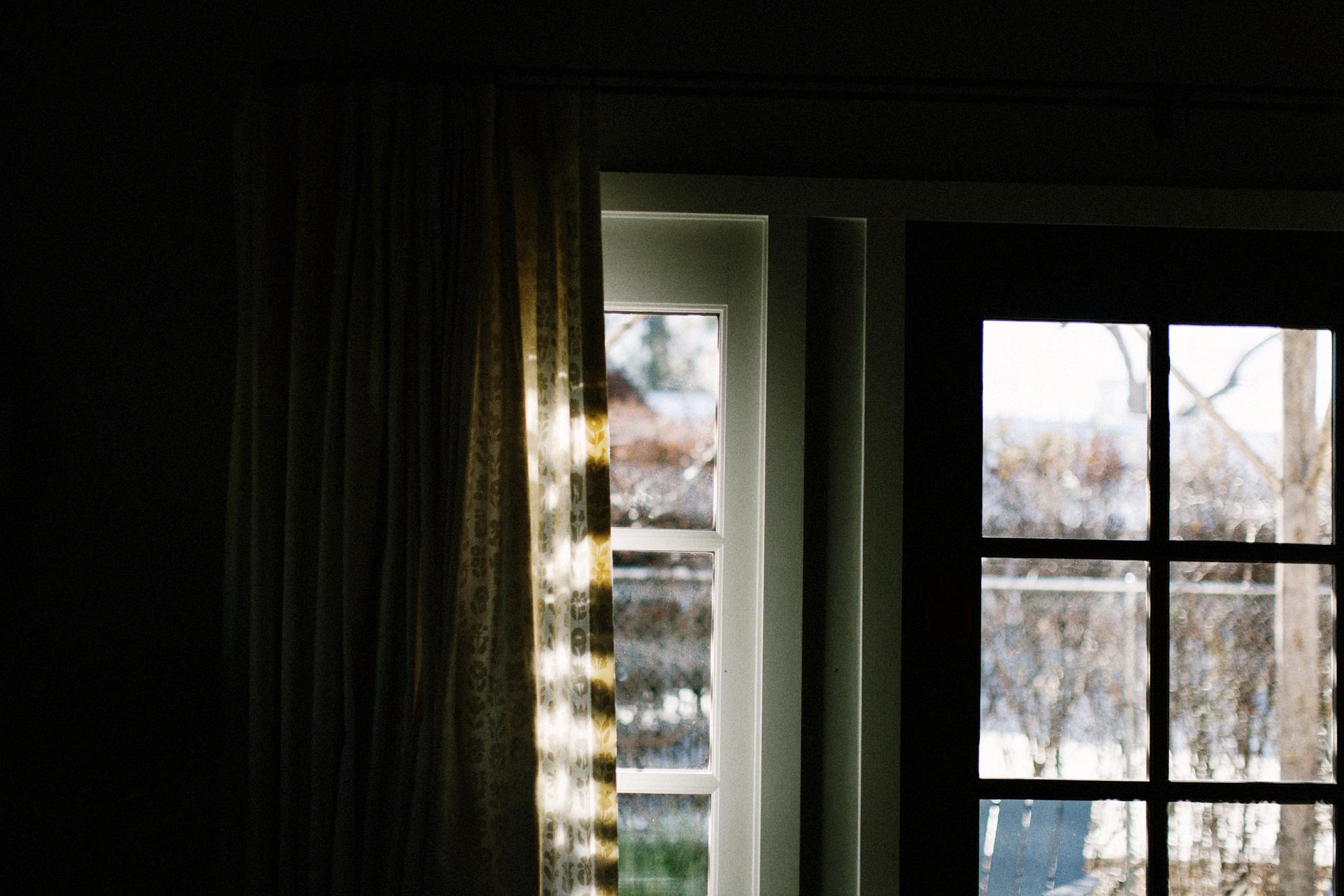 003-window-light--los-poblanos.jpg