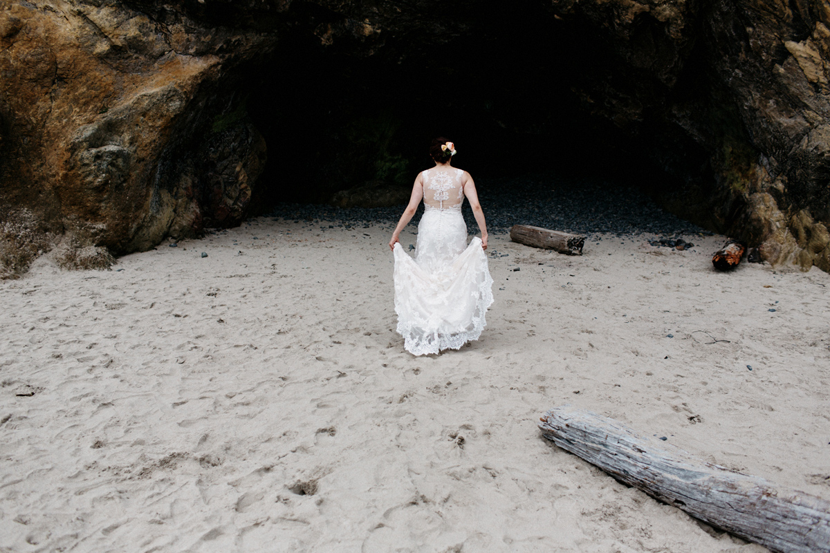 hug point oregon elopement