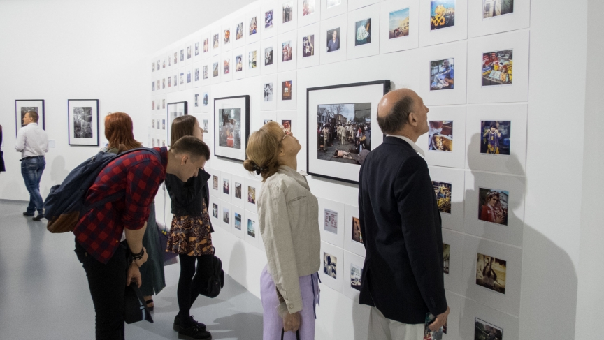 http://www.pri.org/stories/2014-05-16/russians-get-facebook-style-look-new-orleans-new-photo-exhibit