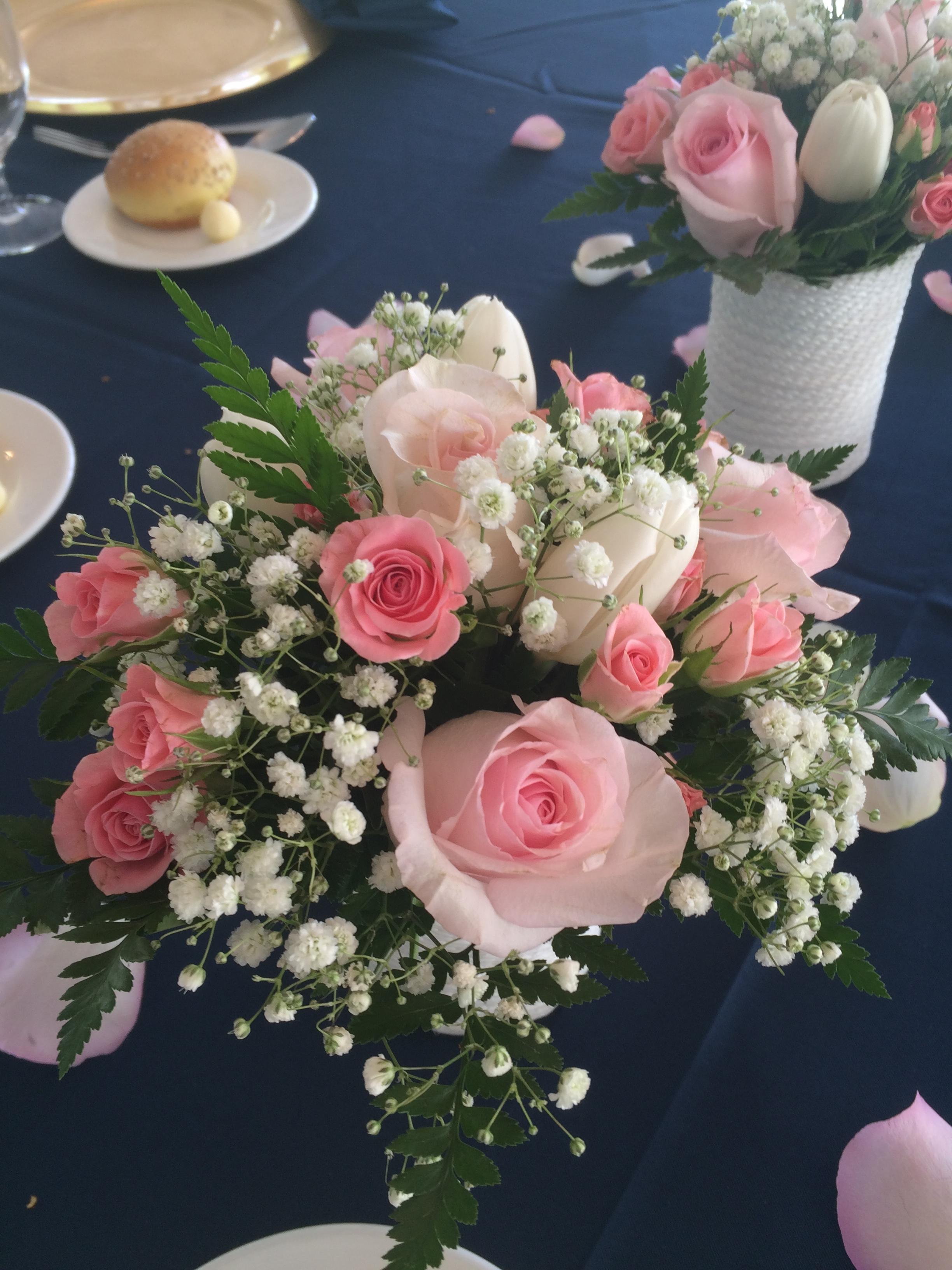 Evelisa Floral & Design: Small flower arrangement