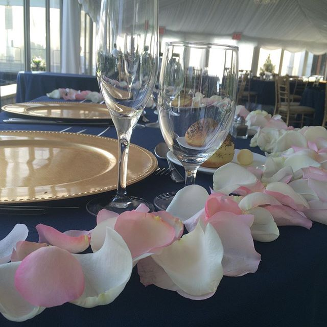 Evelisa Floral & Design: Sweetheart Table closeup
