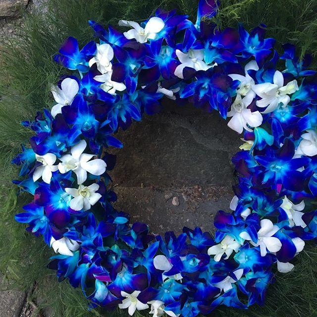 Evelisa Floral & Design: Ceremony flowers