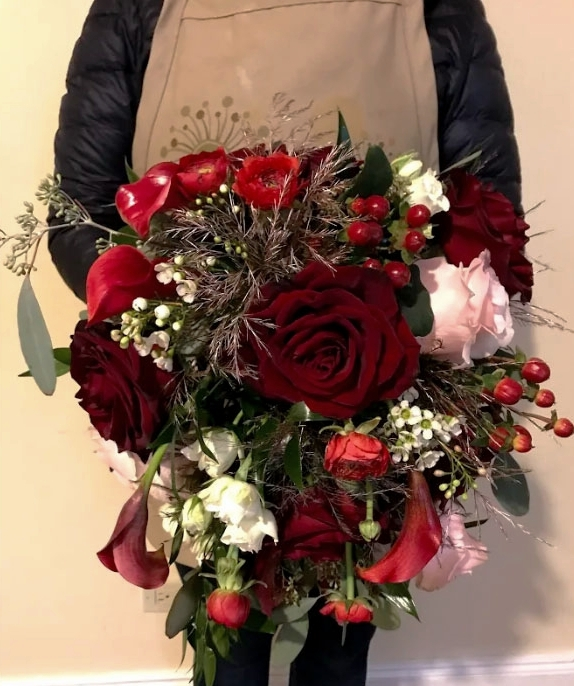 Cascade Bouquet created By: Evelisa Floral & Design