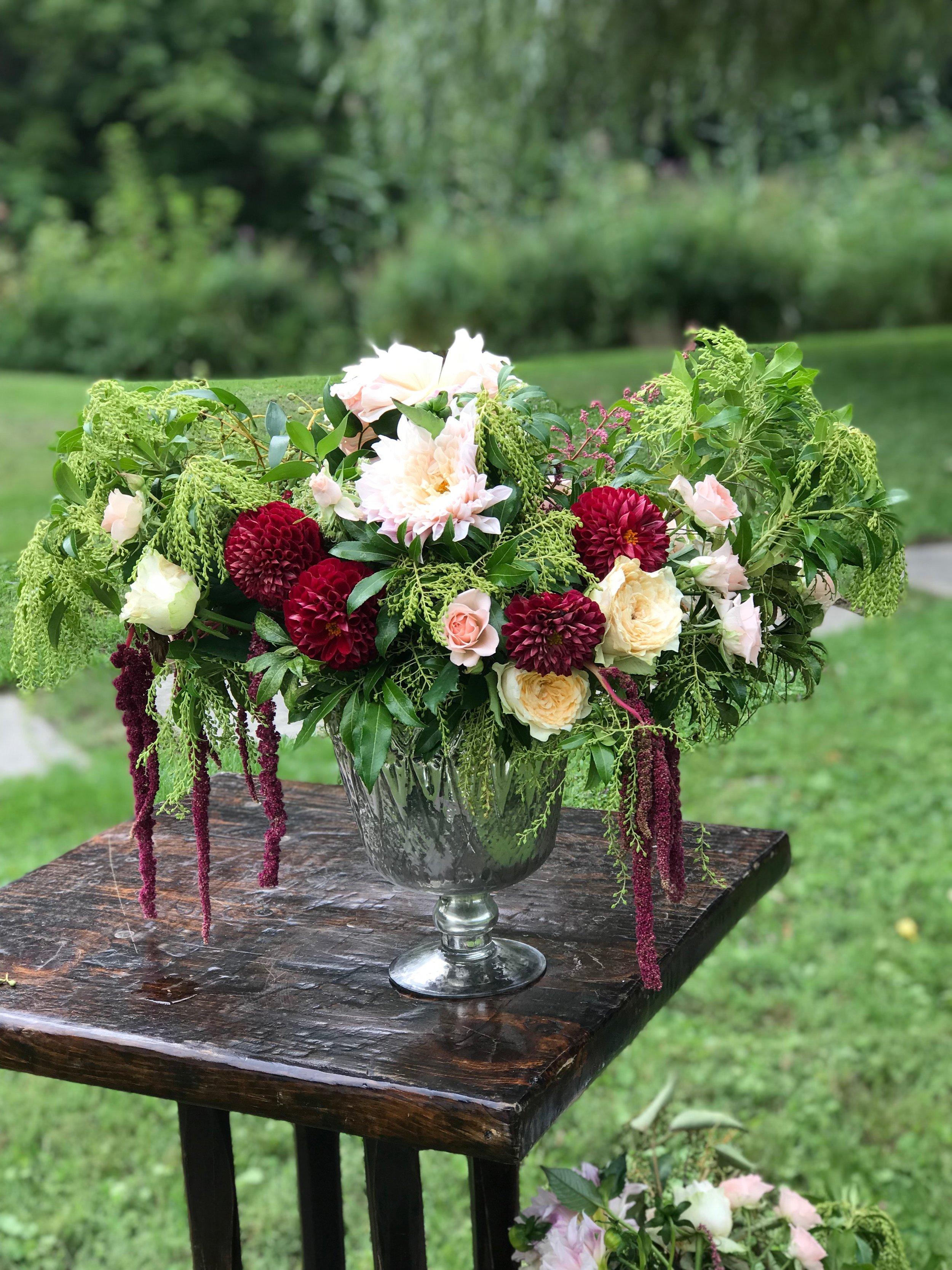 Evelisa Floral & Design_jesse&kevin.JPG