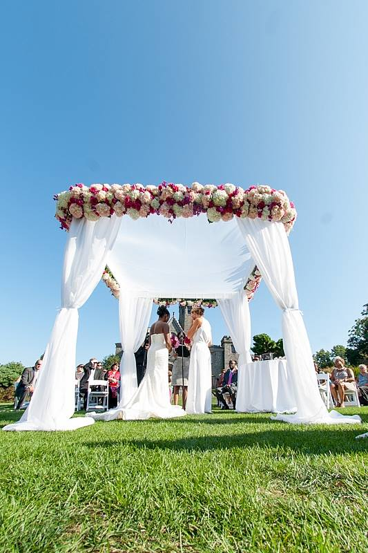 Evelisa Floral & Design_chuppah with couple_Keisha & Liz.jpg
