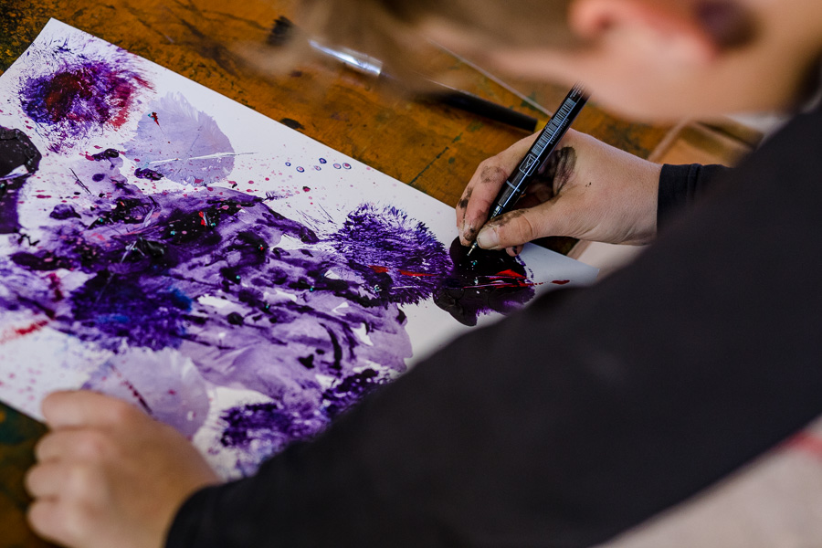Jarl-Goli-Power-Paint-Workshop-Kids-27-Photographer-Nelly-del-Arbo.jpg