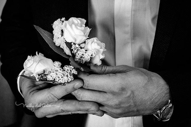 Best men's flowers. Beautiful! #boutonniers #weddingsflowers  #weddingsinspain