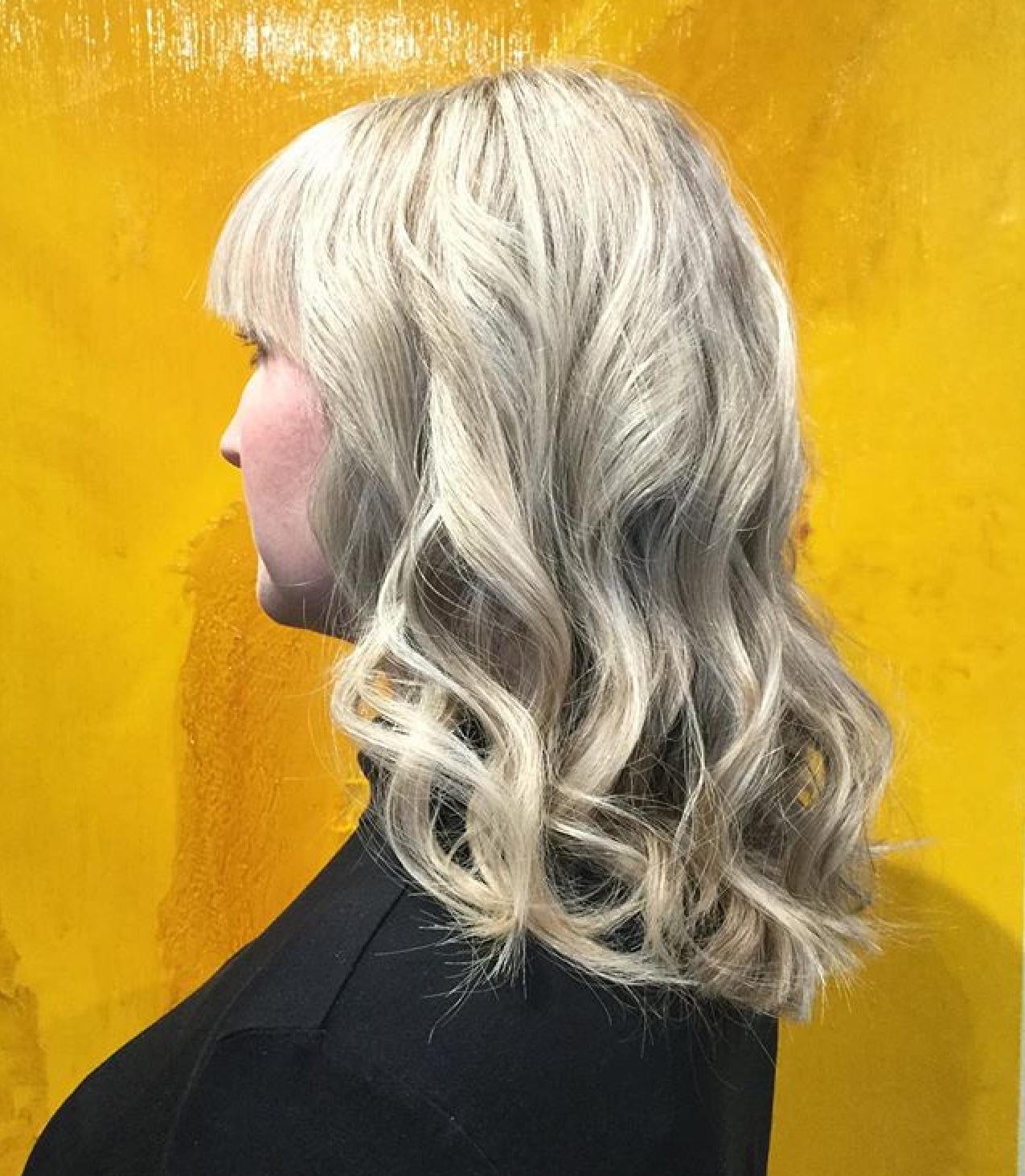 Long Blonde Hair Curls