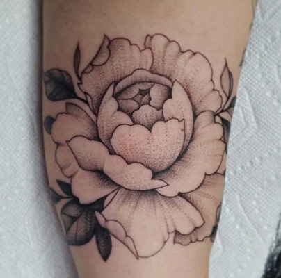tattoo+shops-mobile+alabama-the-bell-rose-tattoo-and-piercing-peter-anderson-peony-tattoo-min-min.jpg