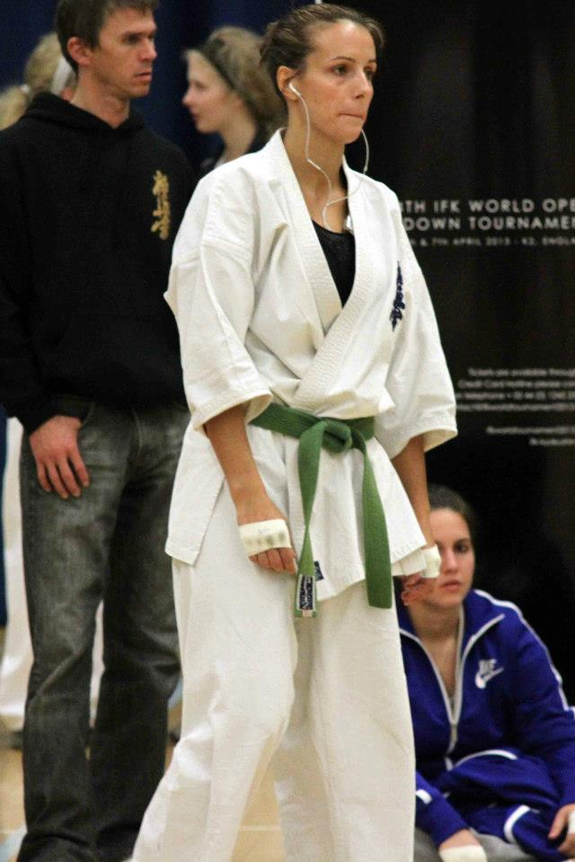 Kelly Balmer (GB) preps to fight...
