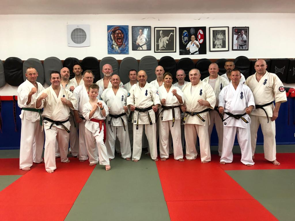 hanshi training crawley.jpeg