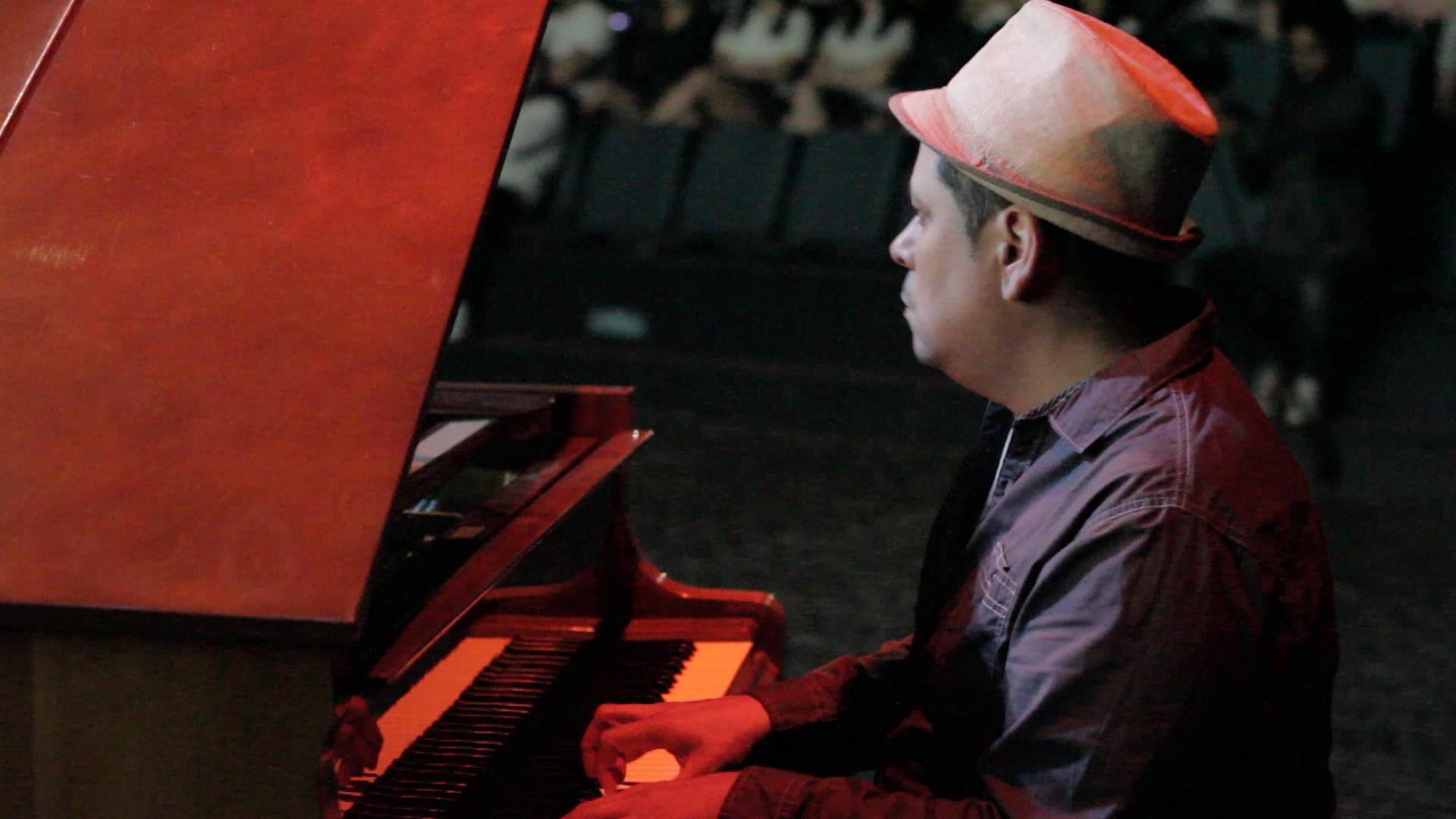 Boris Piano Argentina.jpg