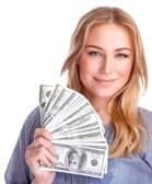 27639303-retrato-de-la-muchacha-linda-feliz-celebracion-en-la-mano-muchas-de-dolares-americanos-aislados-en-f.jpg