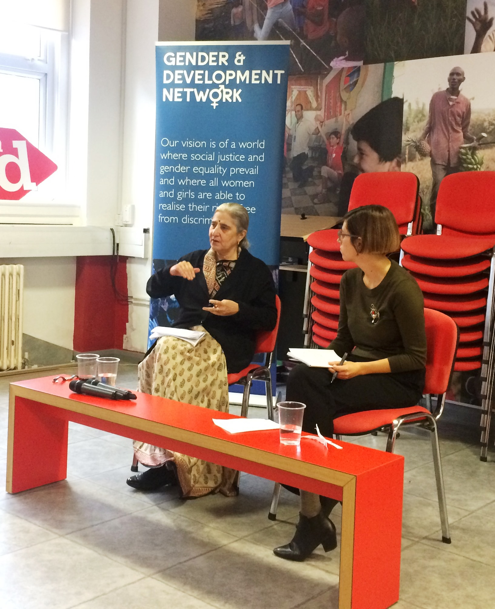Renana Jhabvala, SEWA Bharat and WIEGO, speaks with Chiara Capraro and other GADN members, June 2017