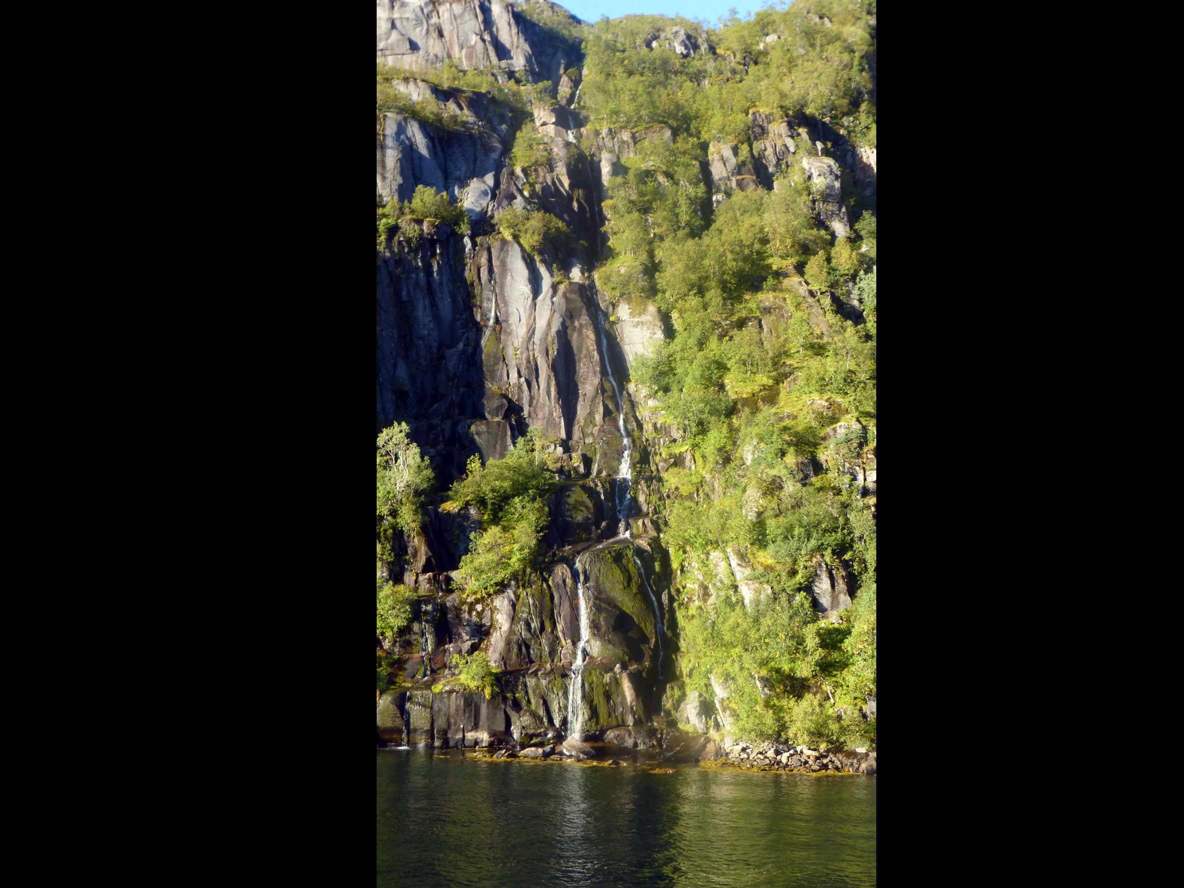 Norway_Page_40.jpg