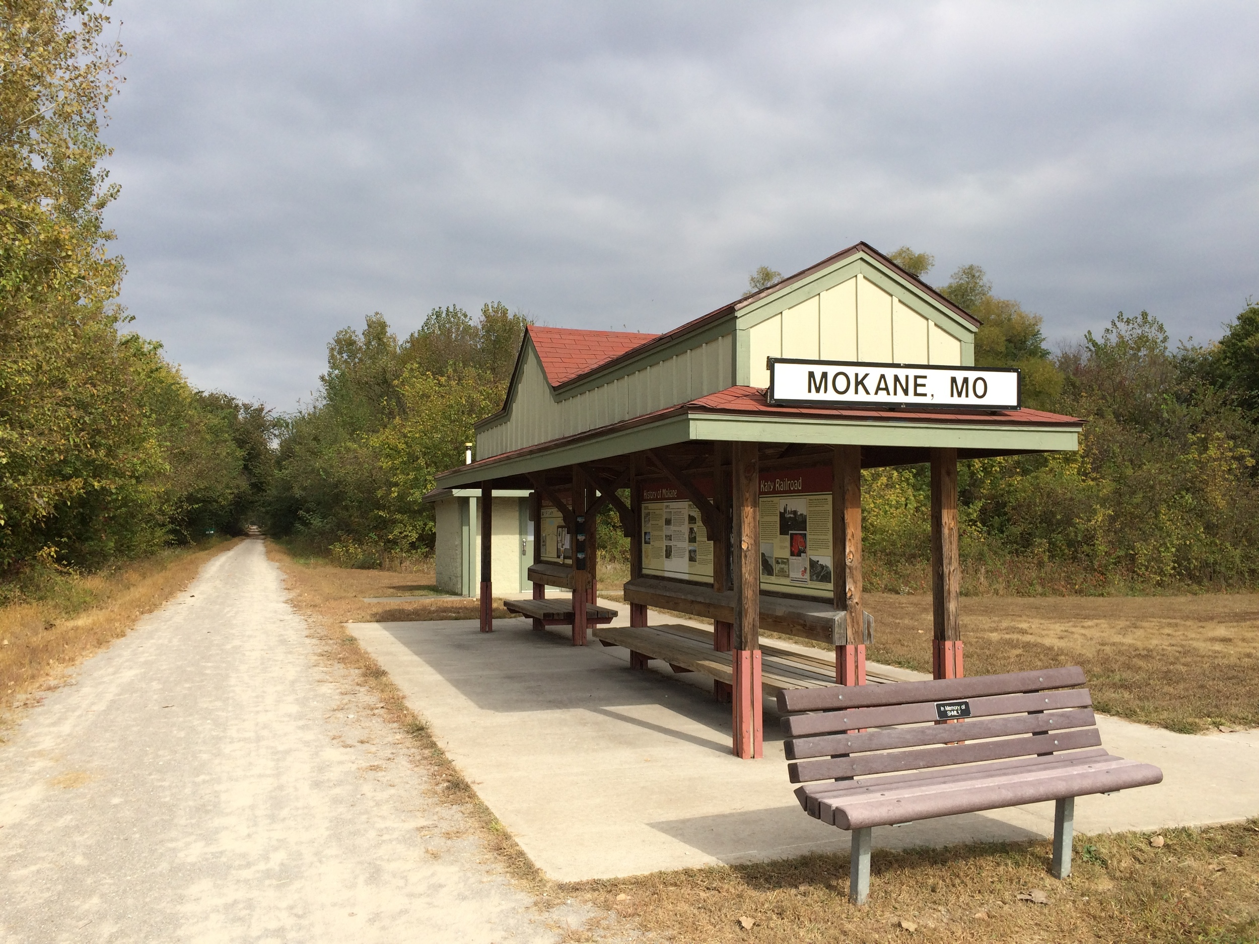 The metropolis of Mokane, Missouri: bench and restroom.